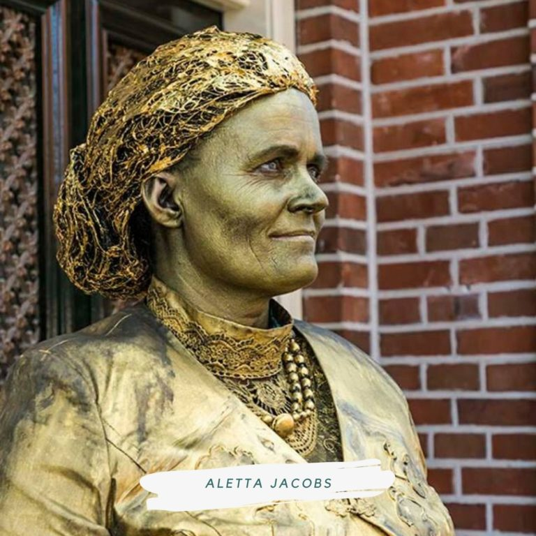 living statue aletta jacobs