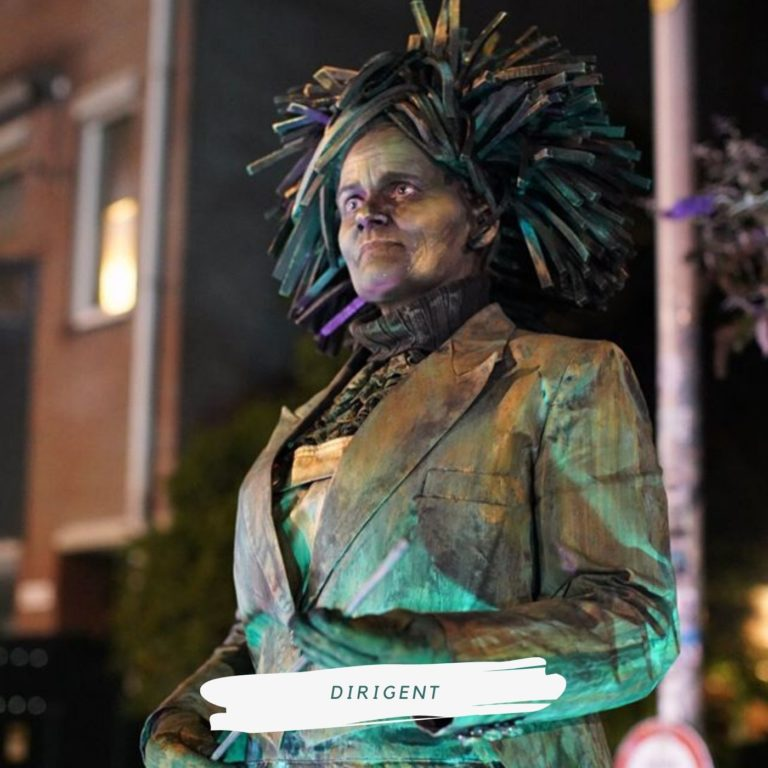 living statue dirigent