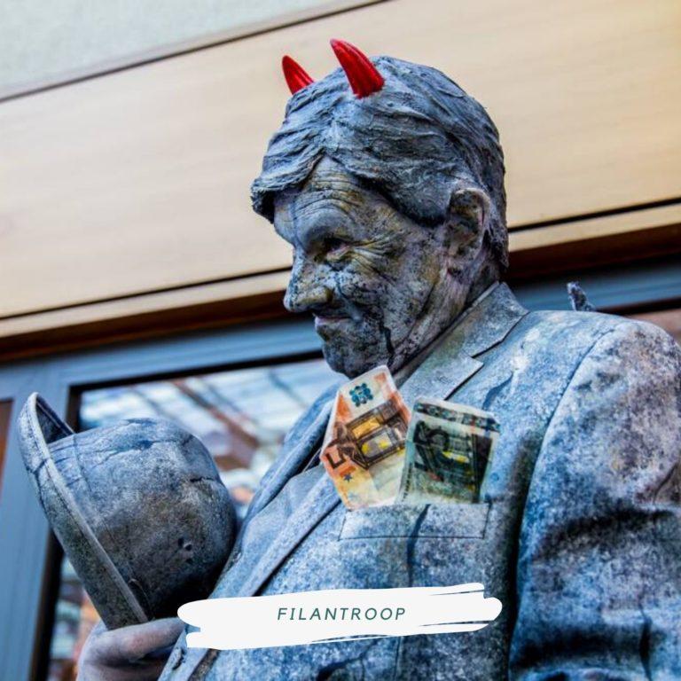 living statue filantroop
