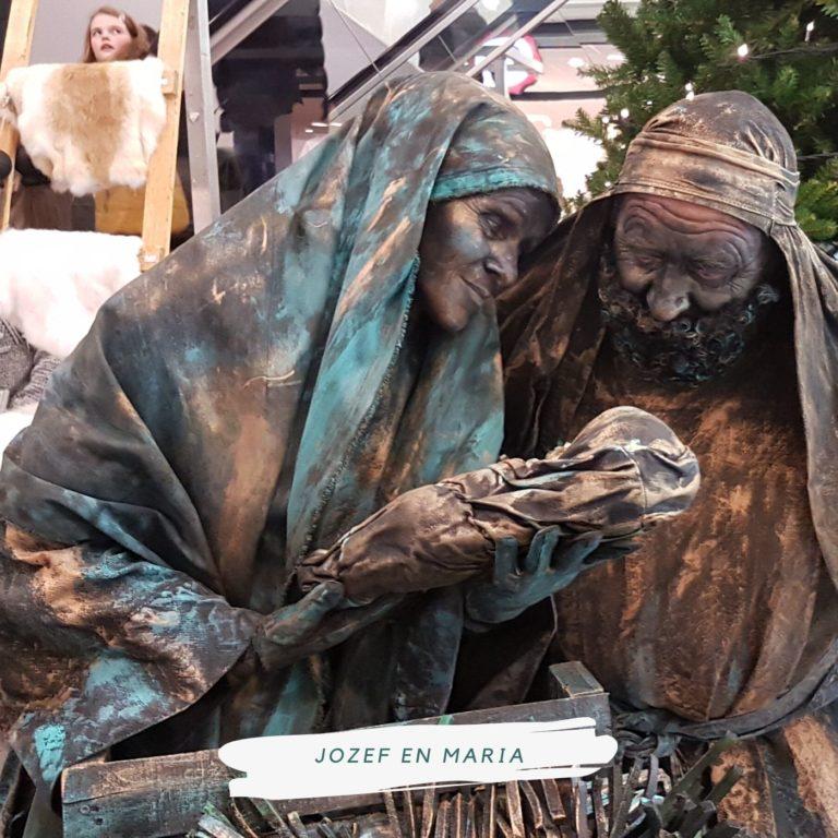 levend standbeeld jozef en maria en kindje jezus