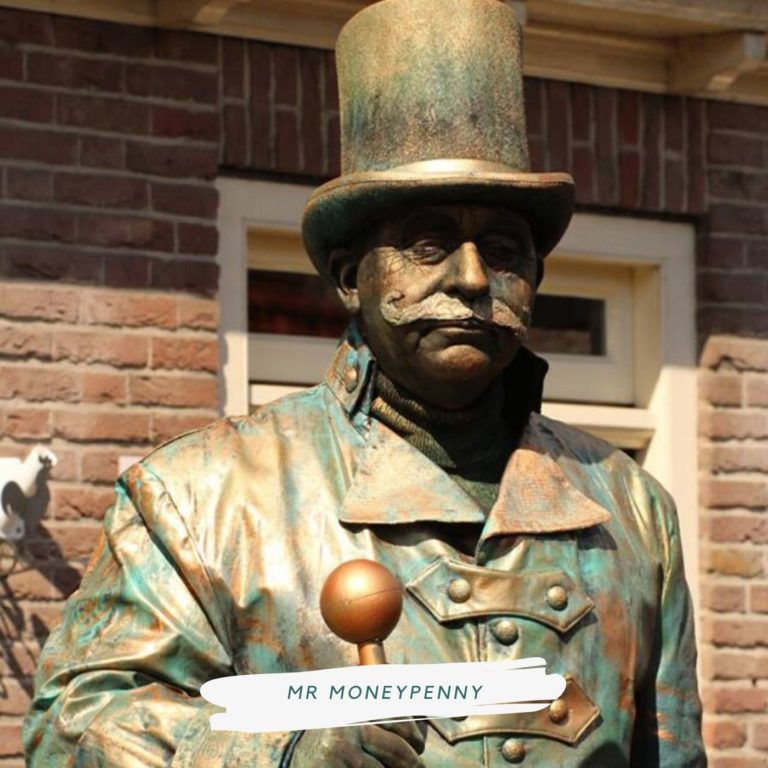 living statue mr moneypenny